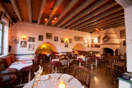 To-Palio-Tetradio-Mezedopolio---Restaurant-Plaka-001-(3)