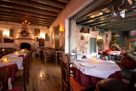 To-Palio-Tetradio-Mezedopolio---Restaurant-Plaka-005-(2)
