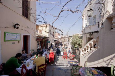 To-Palio-Tetradio-Mezedopolio---Restaurant-Plaka-009
