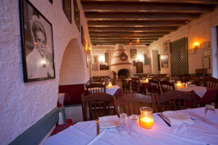 To-Palio-Tetradio-Mezedopolio---Restaurant-Plaka-061-(2)