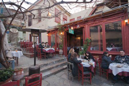 To-Palio-Tetradio-Mezedopolio---Restaurant-Plaka-026-(3)