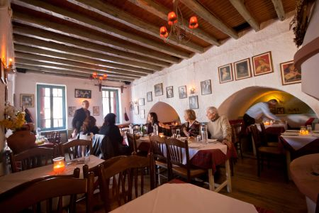 To-Palio-Tetradio-Mezedopolio---Restaurant-Plaka-030-(2)
